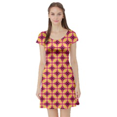 Cute Seamless Tile Pattern Gifts Short Sleeve Skater Dresses