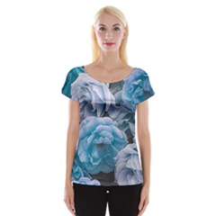 Great Garden Roses Blue Women s Cap Sleeve Top