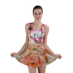 Great Garden Roses, Orange Mini Skirts
