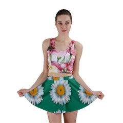 Daisy Pattern  Mini Skirts