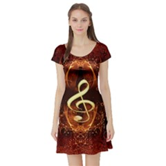 Decorative Cllef With Floral Elements Short Sleeve Skater Dresses