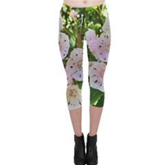 Amazing Garden Flowers 35 Capri Leggings