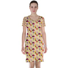 Colorful Ladybug Bess And Flowers Pattern Short Sleeve Nightdresses