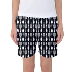Black And White Spatula Spoon Pattern Women s Basketball Shorts