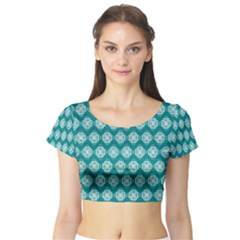 Abstract Knot Geometric Tile Pattern Short Sleeve Crop Top