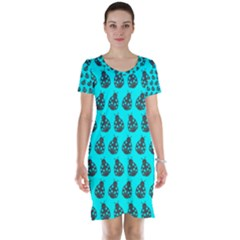 Ladybug Vector Geometric Tile Pattern Short Sleeve Nightdresses