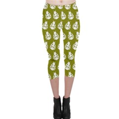 Ladybug Vector Geometric Tile Pattern Capri Leggings