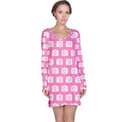 Pink Modern Chic Vector Camera Illustration Pattern Long Sleeve Nightdresses
