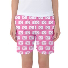 Pink Modern Chic Vector Camera Illustration Pattern Women s Basketball Shorts