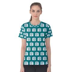 Modern Chic Vector Camera Illustration Pattern Women s Cotton Tees