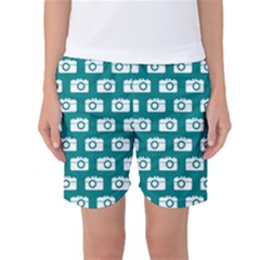 Modern Chic Vector Camera Illustration Pattern Women s Basketball Shorts