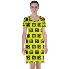 Modern Chic Vector Camera Illustration Pattern Short Sleeve Nightdresses