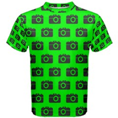 Modern Chic Vector Camera Illustration Pattern Men s Cotton Tees