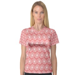 Coral Pink Gerbera Daisy Vector Tile Pattern Women s V Neck Sport Mesh Tee