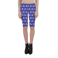 Gerbera Daisy Vector Tile Pattern Cropped Leggings