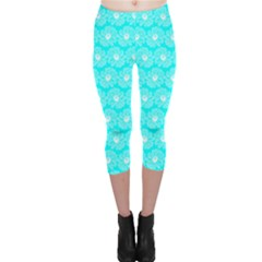 Gerbera Daisy Vector Tile Pattern Capri Leggings