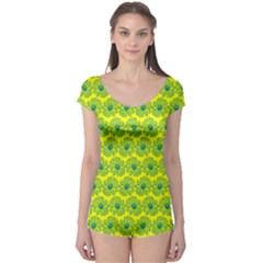Gerbera Daisy Vector Tile Pattern Short Sleeve Leotard