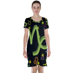 Capricorn Floating Zodiac Sign Short Sleeve Nightdresses