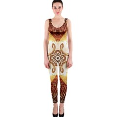 Elegant, Decorative Kaleidoskop In Gold And Red OnePiece Catsuits