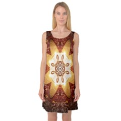 Elegant, Decorative Kaleidoskop In Gold And Red Sleeveless Satin Nightdresses