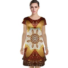 Elegant, Decorative Kaleidoskop In Gold And Red Cap Sleeve Nightdresses