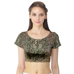 Elegant Clef With Floral Elements On A Background With Damasks Short Sleeve Crop Top