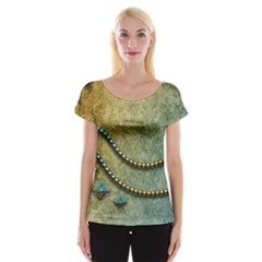 Elegant Vintage With Pearl Necklace Women s Cap Sleeve Top