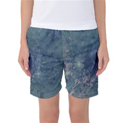 Vintage Floral In Blue Colors Women s Basketball Shorts