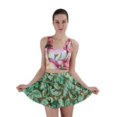 Beautiful Floral Pattern In Green Mini Skirts