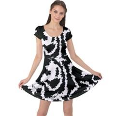 Migraine Bw Cap Sleeve Dresses