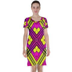 Florescent Pink Yellow Abstract  Short Sleeve Nightdresses