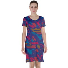 Chaos In Retro Colors Short Sleeve Nightdress