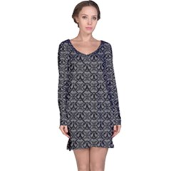 Silver Damask With Black Background Long Sleeve Nightdresses