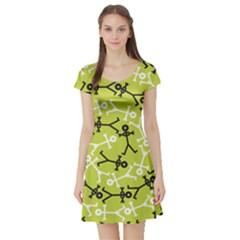 Spiral Icon Short Sleeve Skater Dresses