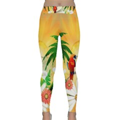 Cute Parrot With Flowers And Palm Yoga Leggings