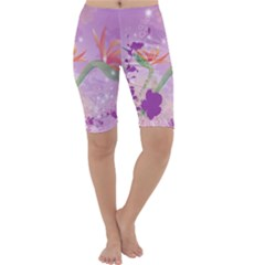 Wonderful Flowers On Soft Purple Background Cropped Leggings