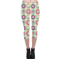 Chic Floral Pattern Capri Leggings