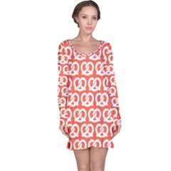 Coral Pretzel Illustrations Pattern Long Sleeve Nightdresses