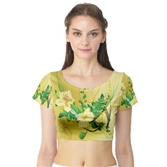 Wonderful Soft Yellow Flowers With Leaves Short Sleeve Crop Top
