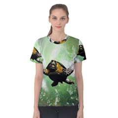 Beautiful Seaturtle With Bubbles Women s Cotton Tees