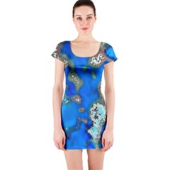 Cocos Reef Sinkholes Short Sleeve Bodycon Dresses