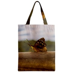 Butterfly against Blur Background at Iguazu Park Zipper Classic Tote Bags