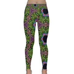 Repeated Geometric Circle Kaleidoscope Yoga Leggings