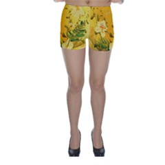 Wonderful Soft Yellow Flowers With Dragonflies Skinny Shorts