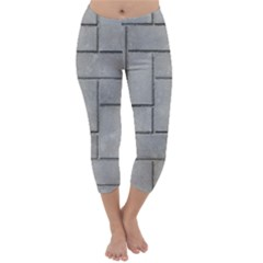ALTERNATING GREY BRICK Capri Winter Leggings