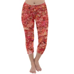 RED MAPLE LEAVES Capri Winter Leggings