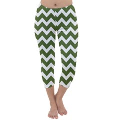 Chevron Pattern Gifts Capri Winter Leggings