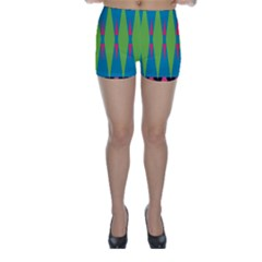 Connected Rhombus Skinny Shorts