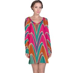 Bended shapes in retro colors nightdress