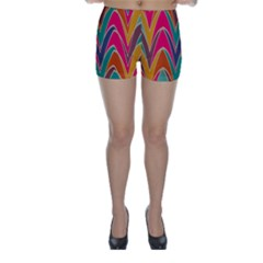 Bended shapes in retro colors Skinny Shorts